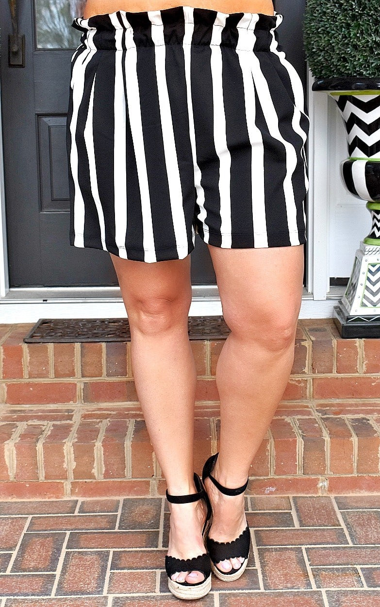 Bold & Brash Striped Shorts - Black/White