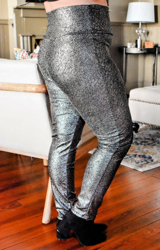 Journey Together Snake Print Leggings - Silver