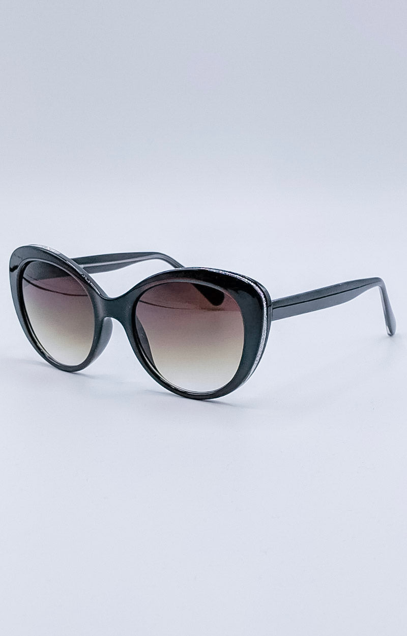 Load image into Gallery viewer, Sudden Desire Sunglasses - Black/Gold