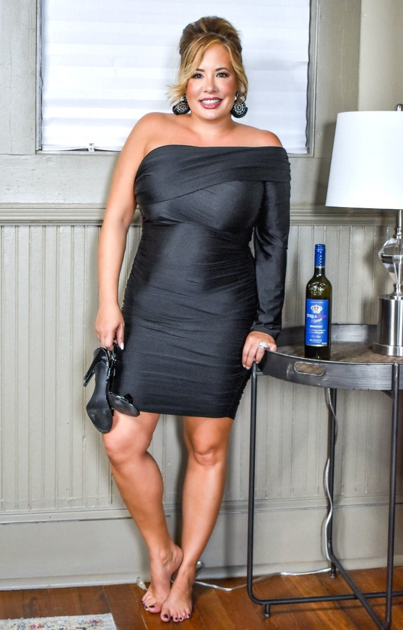 Load image into Gallery viewer, Steal The Spotlight Dress - Black