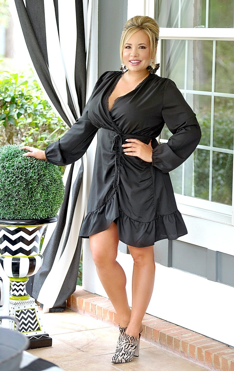 Load image into Gallery viewer, Sweet & Sour Dress - Black