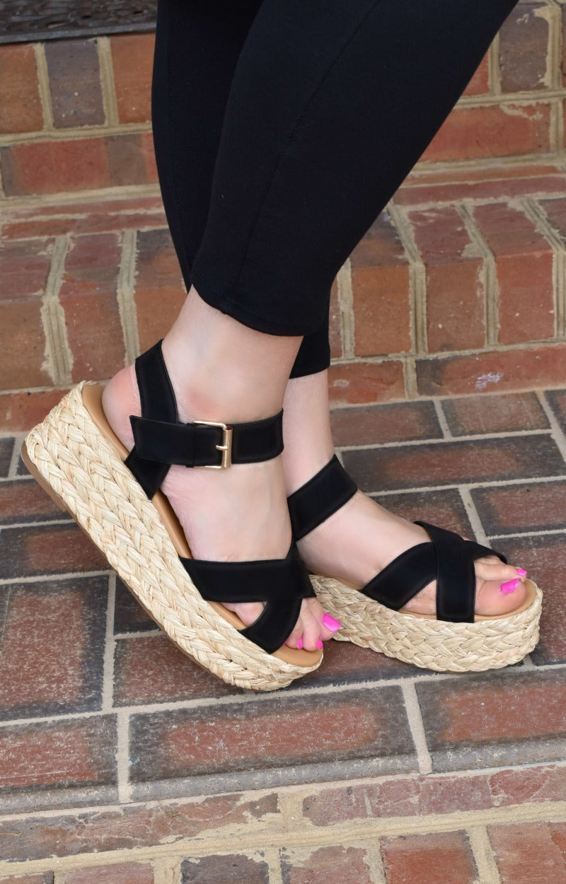Load image into Gallery viewer, Get To Know Me Wedges - Black