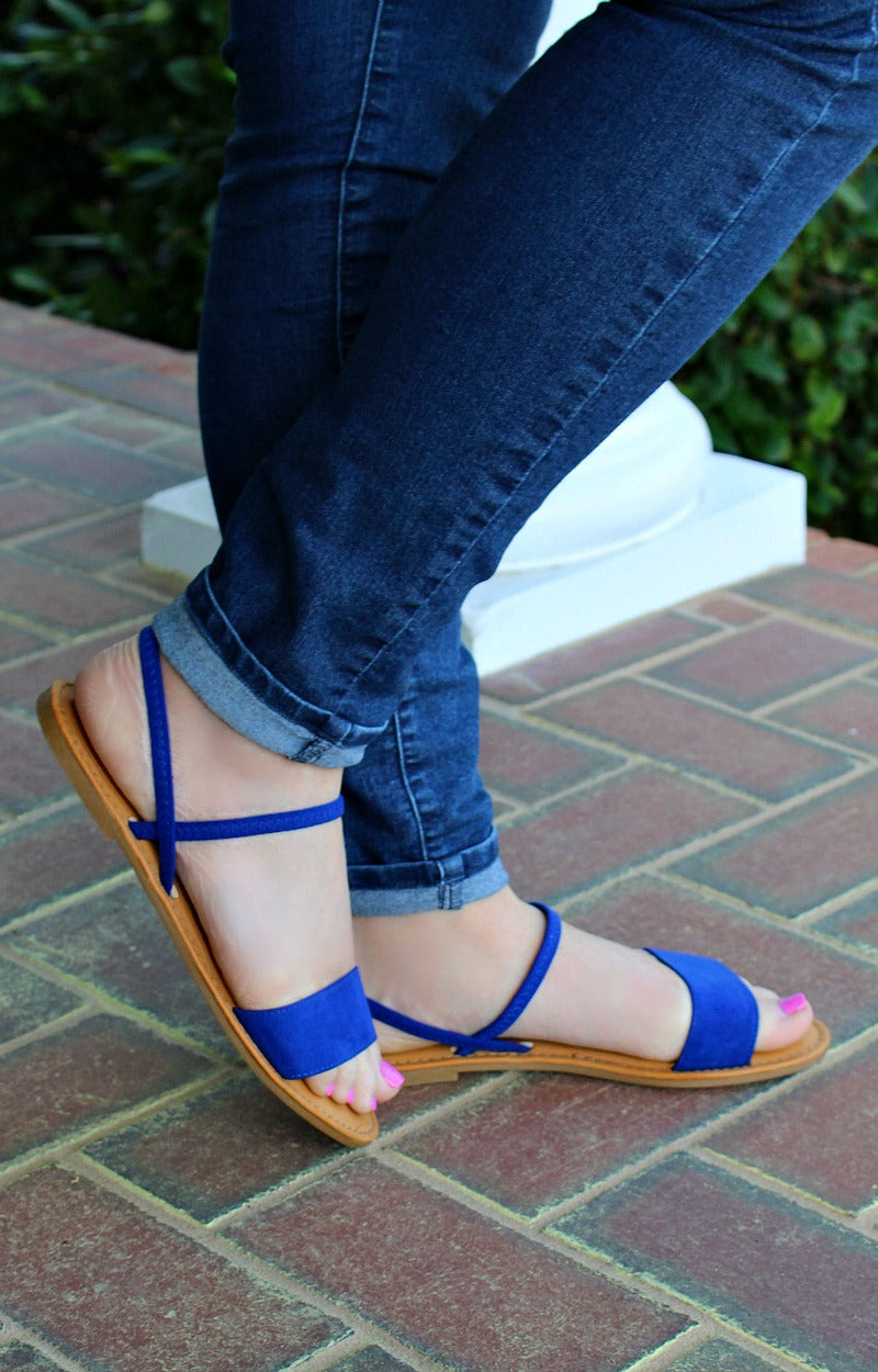 Gotta Move Fast Sandals - Royal Blue