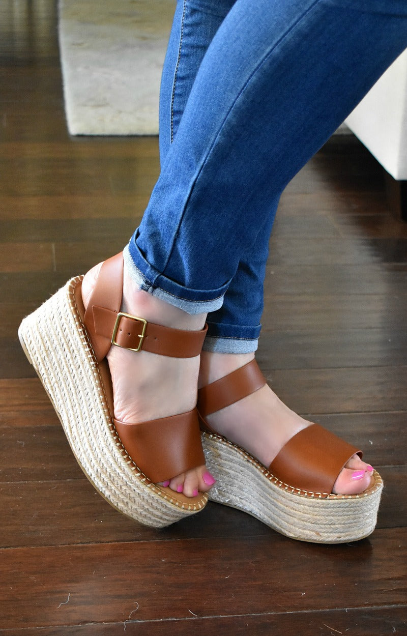 Keep It Casual Wedges - Tan