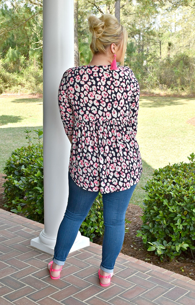 Load image into Gallery viewer, Changing Spots Print Top - Navy