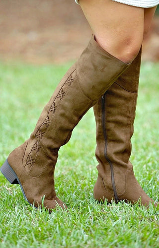 Just Can't Wait Boots - Oak Brown