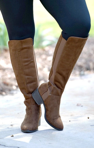 Turn Back Time Boots - Brown