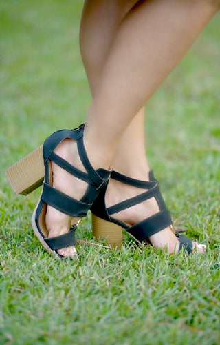 Hold Your Breath Heels - Black