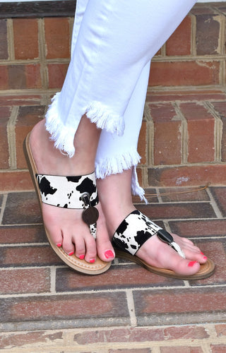 Live Wildly Print Sandals - Black/White