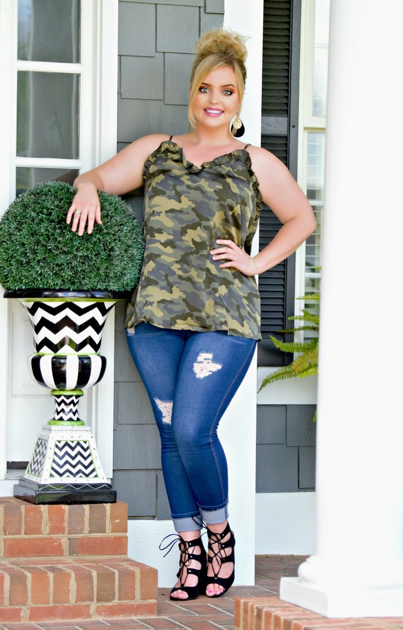 Load image into Gallery viewer, Wait Here Camo Tank - Olive/Navy