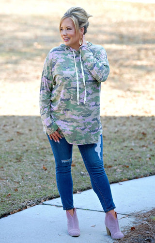 Cold Hearted Hooded Camouflage Pullover