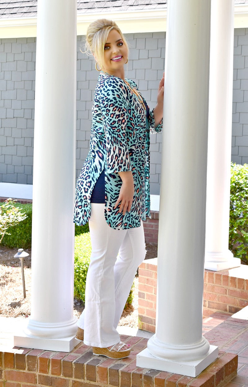 Load image into Gallery viewer, In Action Leopard Print Kimono