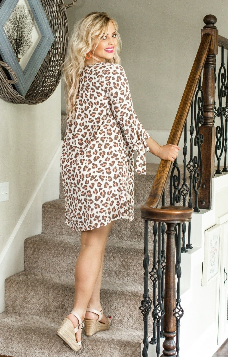 Load image into Gallery viewer, Run The World Leopard Print Dress