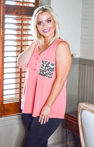 Just An Illusion Top - Coral