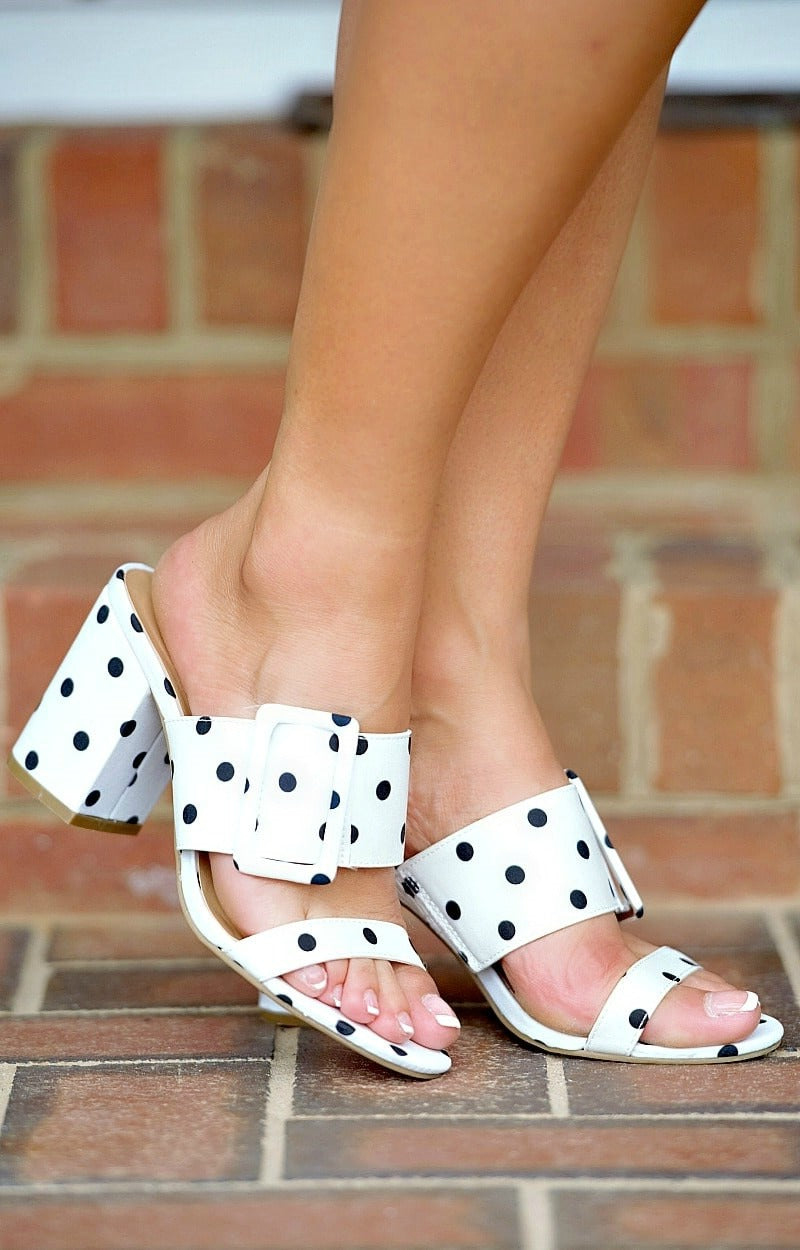 Load image into Gallery viewer, Rock The Room Polka Dot Heels - White/Black