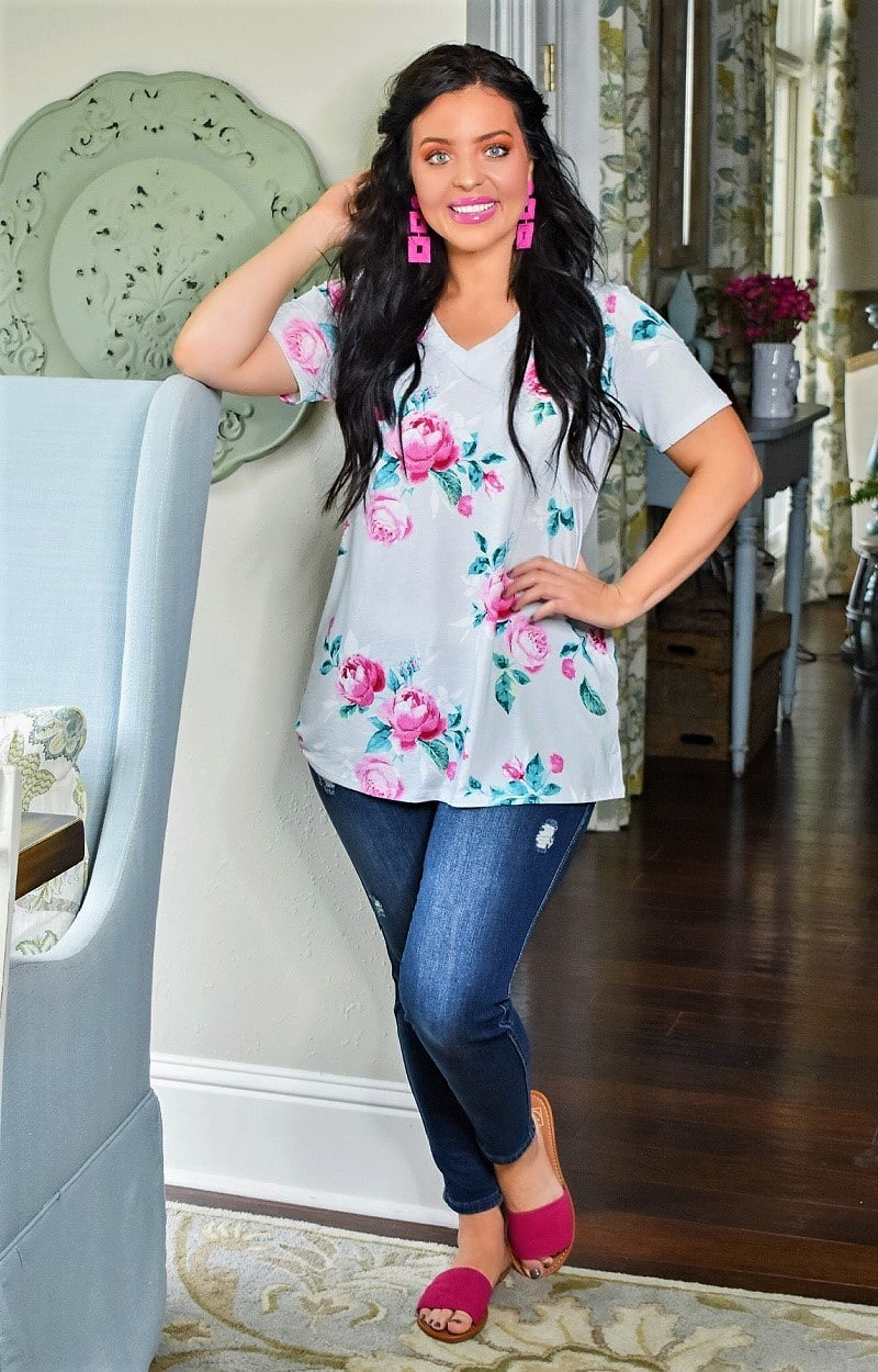 Had It All Floral Top - Gray