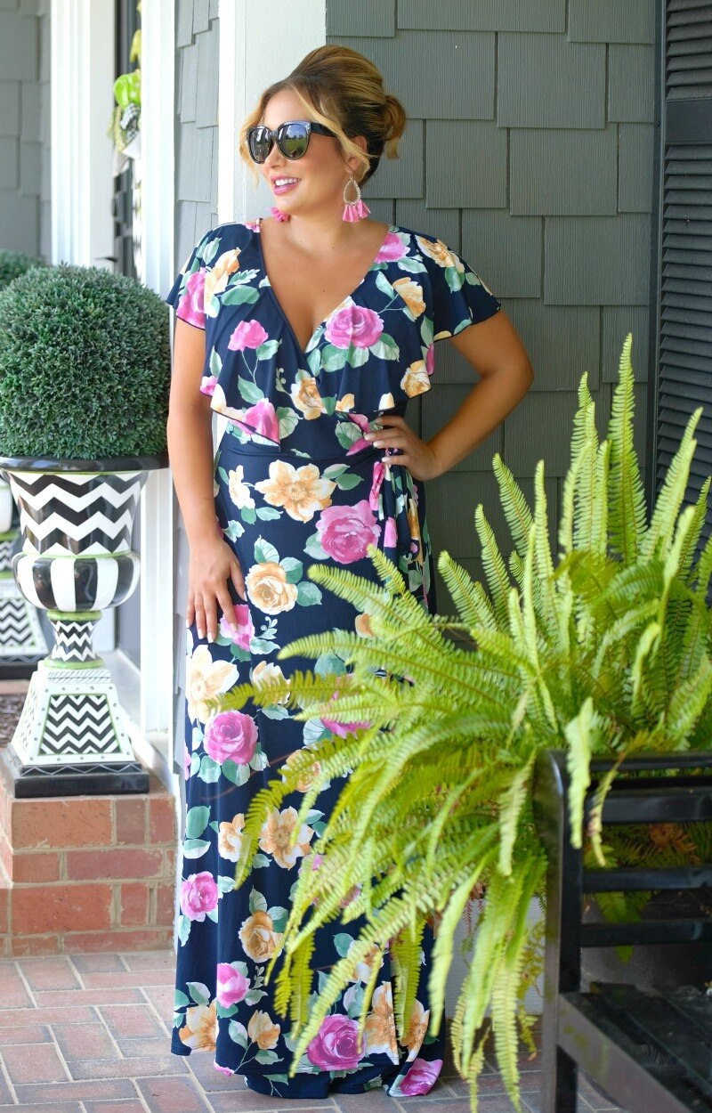 Load image into Gallery viewer, Sweet Desires Floral Maxi Dress - Navy