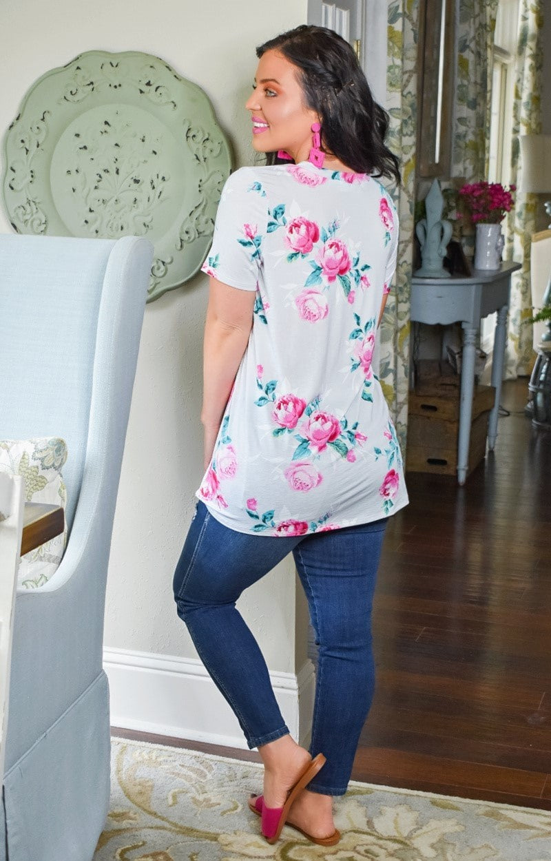Load image into Gallery viewer, Had It All Floral Top - Gray