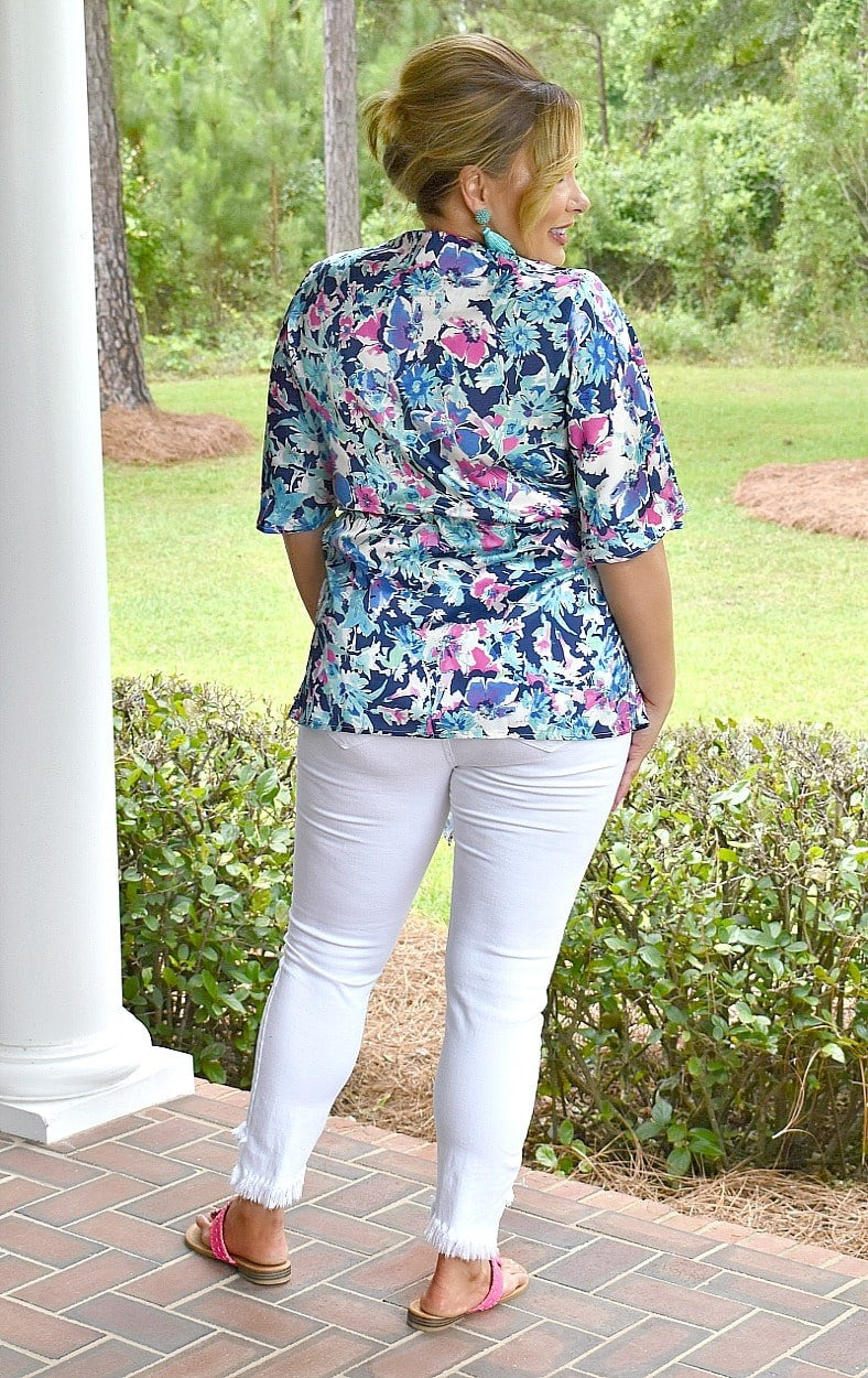 Load image into Gallery viewer, Let Love Flow Floral Top - Multi