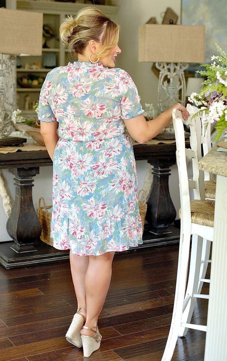 Load image into Gallery viewer, Fun In Floral Dress