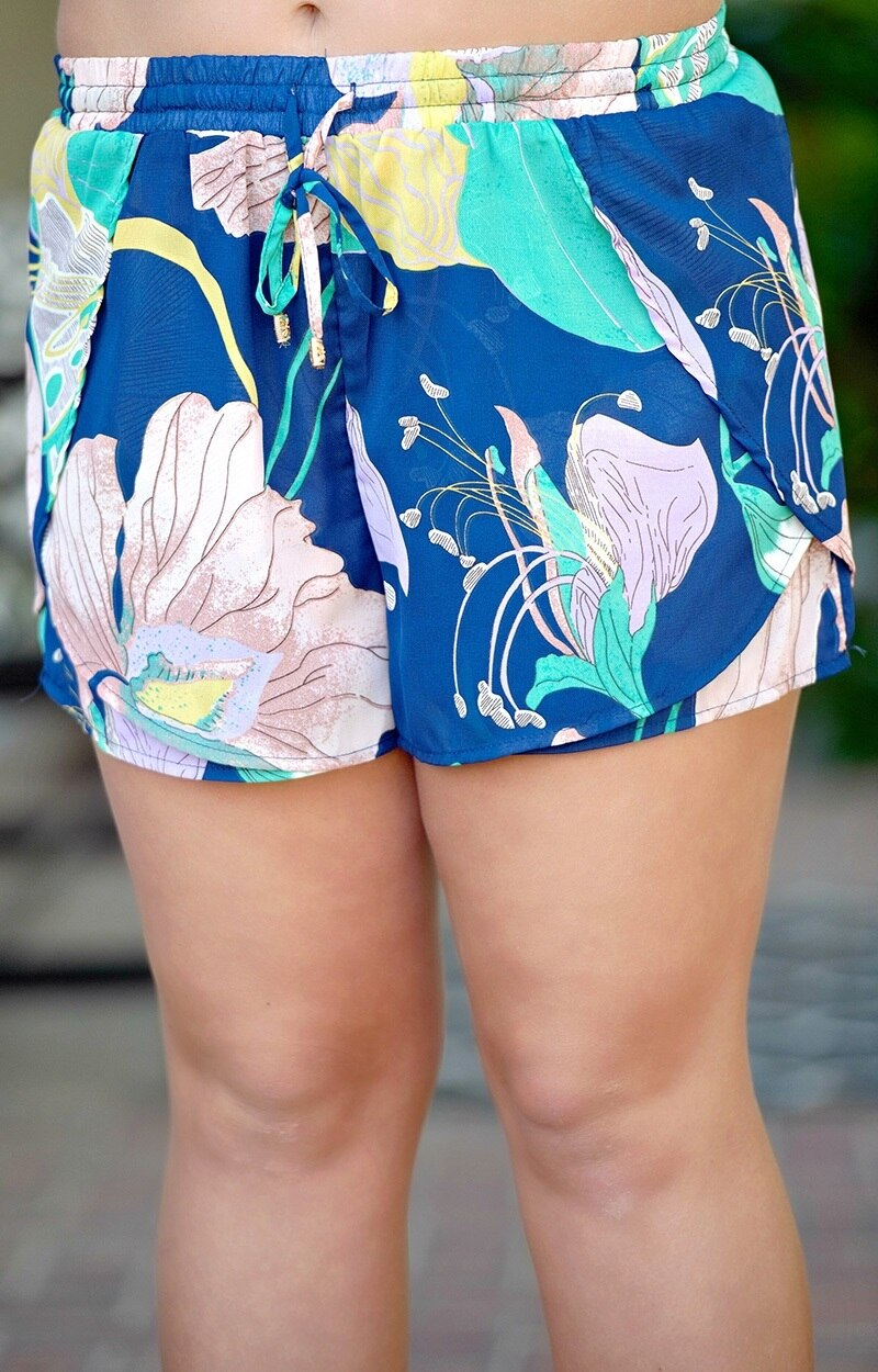 Load image into Gallery viewer, Cool Me Down Shorts - Navy