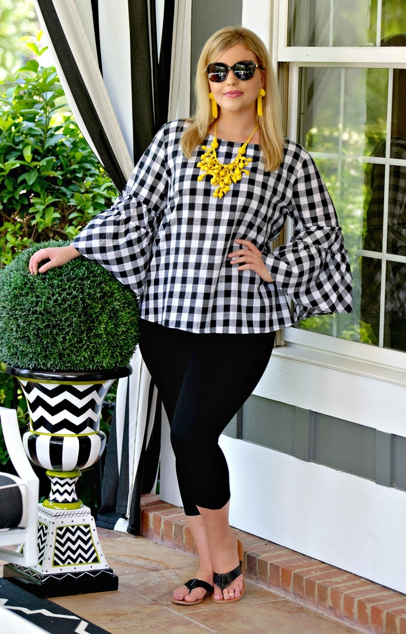 Load image into Gallery viewer, Be Fearless Plaid Top - Black/White
