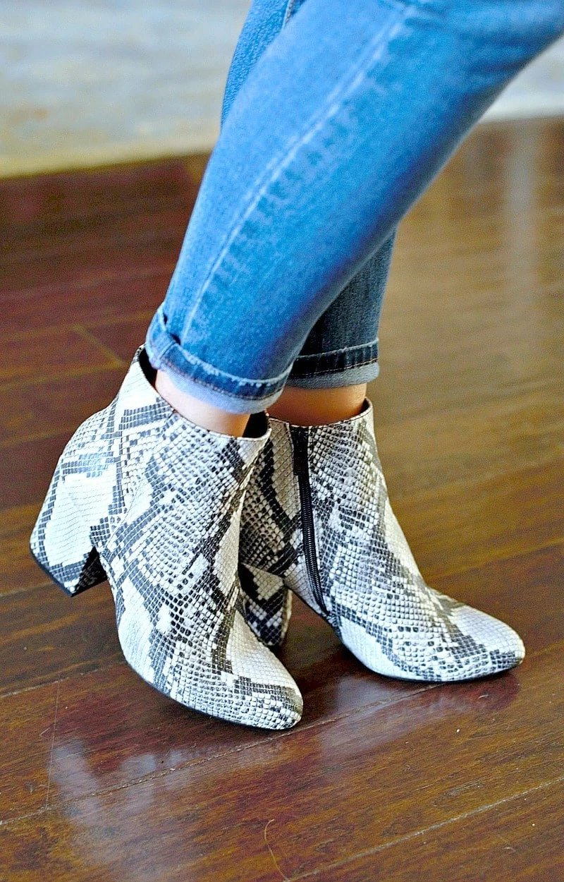 Load image into Gallery viewer, Got The Moves Snake Print Booties