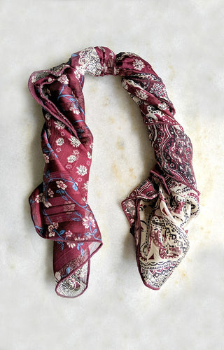 Can't Make It Up Print Hair Scarf - Burgundy