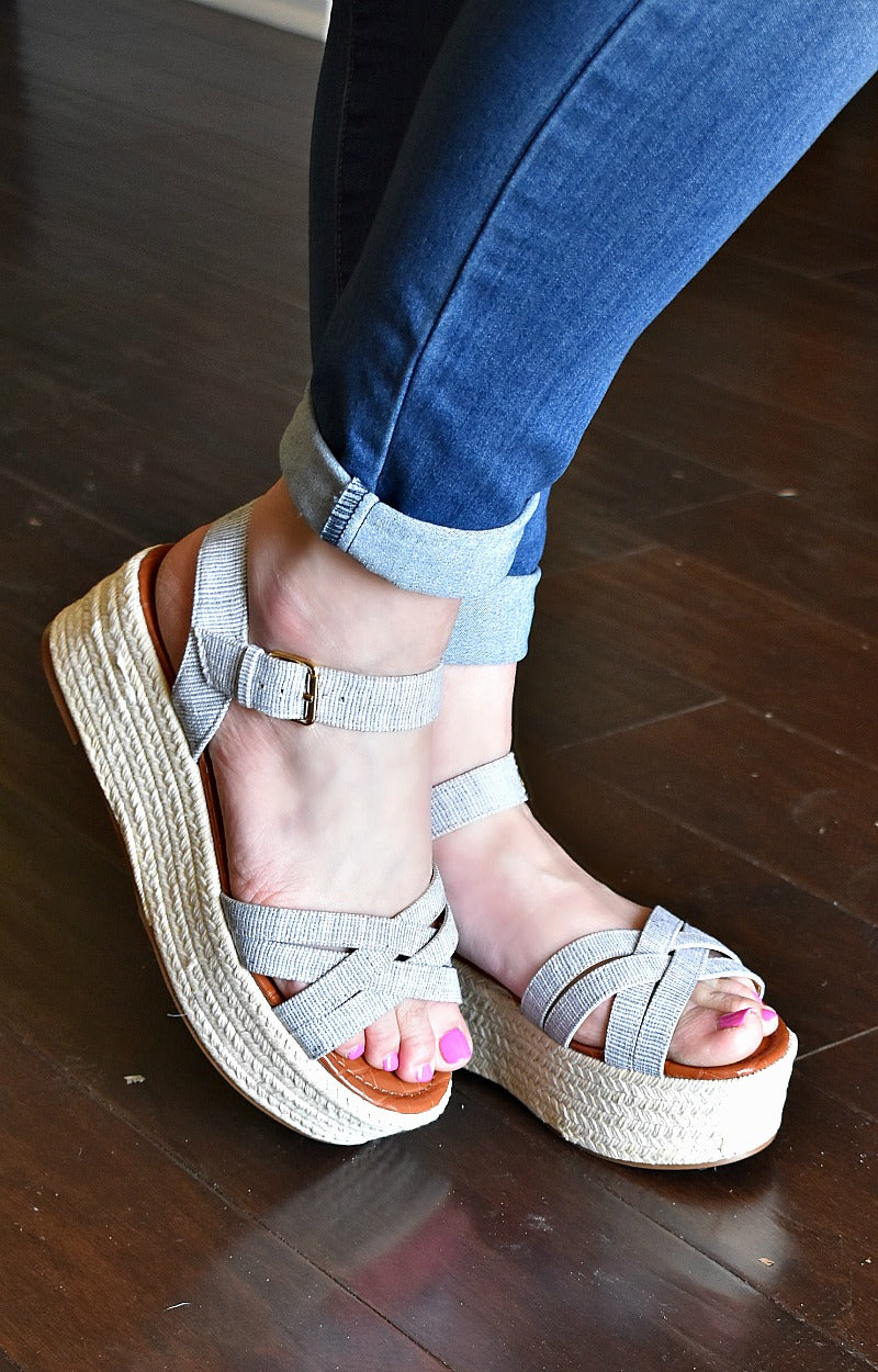 Caught A Glimpse Wedges - Gray