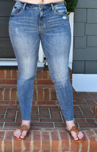 Don't Stare Skinny Jeans - Medium Wash