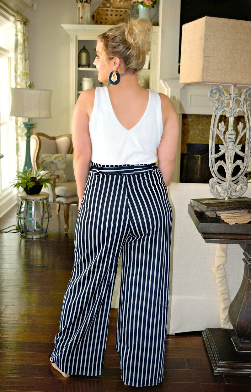Load image into Gallery viewer, Friend Like Me Striped Jumpsuit - White/Navy
