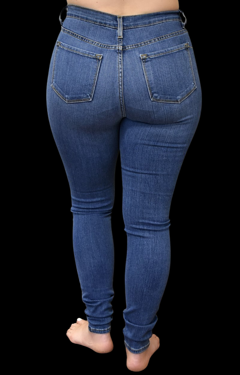 Load image into Gallery viewer, Feeling Just Right Skinny Jeans