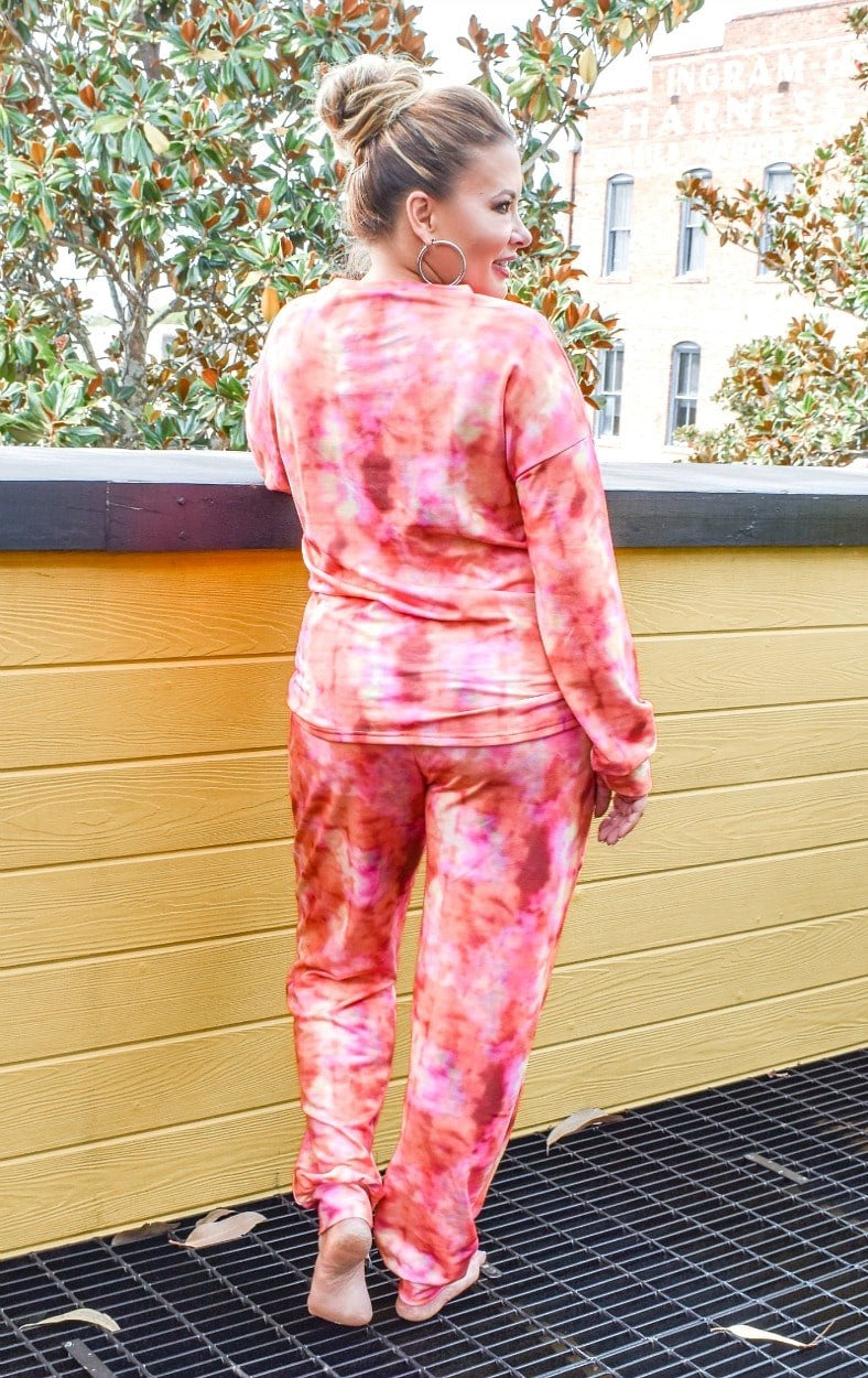 Load image into Gallery viewer, Flamin' Hot Tie Dye Pullover