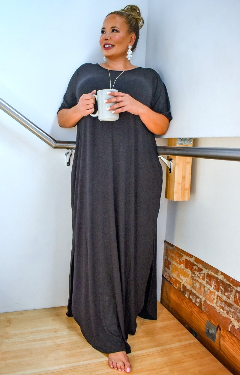 Load image into Gallery viewer, Don't Break My Heart Maxi Dress - Black