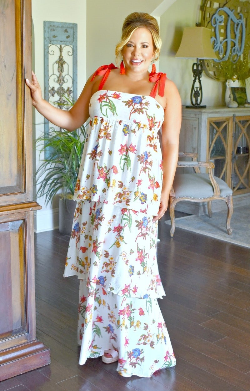 Load image into Gallery viewer, Living It Up Floral Maxi Dress