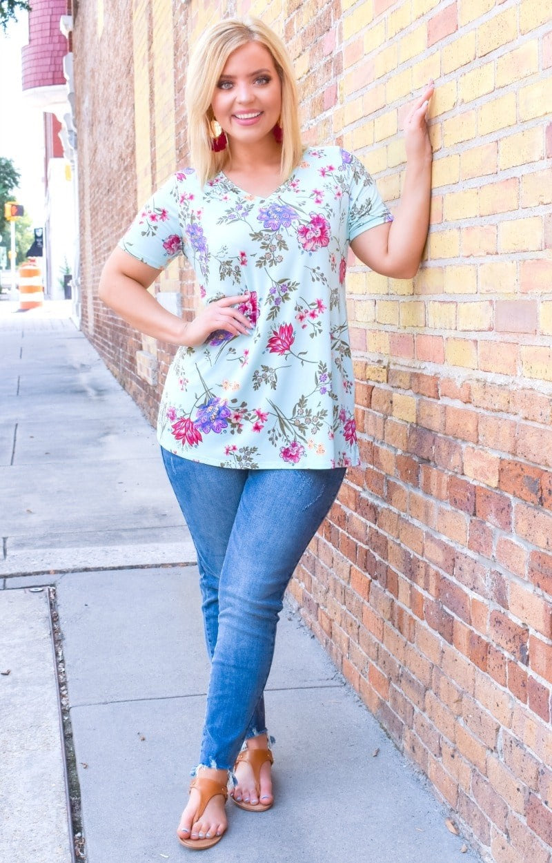 Load image into Gallery viewer, Happy About It Floral Top - Mint