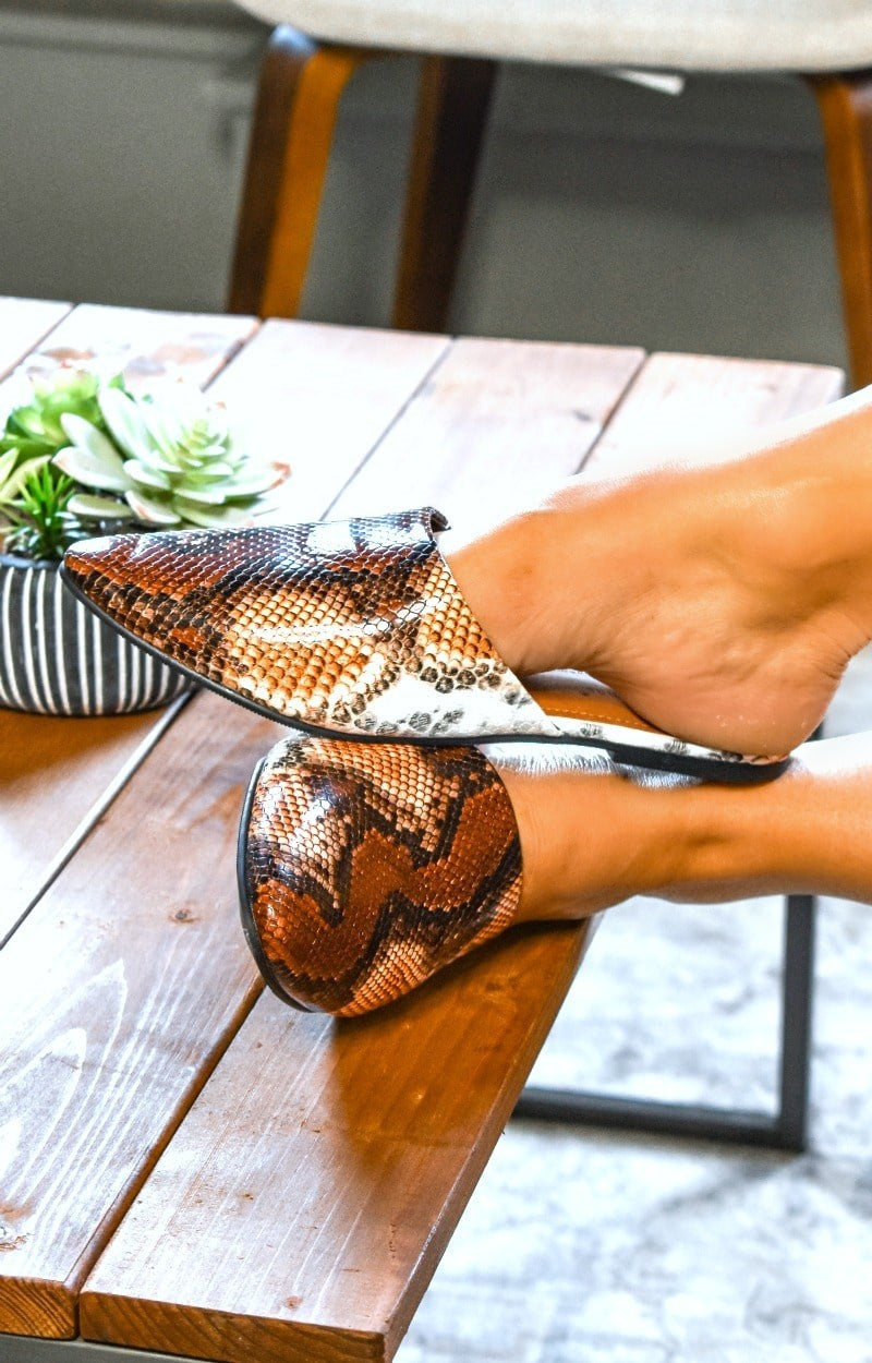 Load image into Gallery viewer, Best Laid Plans Snake Print Mules