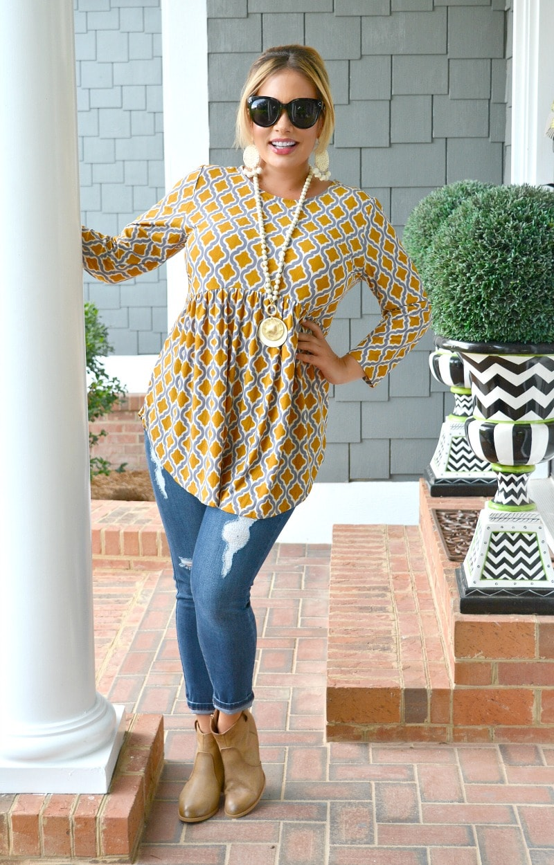 Hold That Thought Print Top - Mustard
