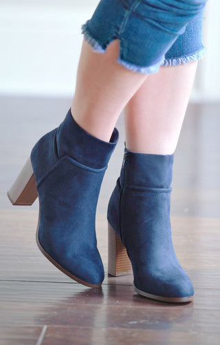 Fly Me Out Booties - Navy