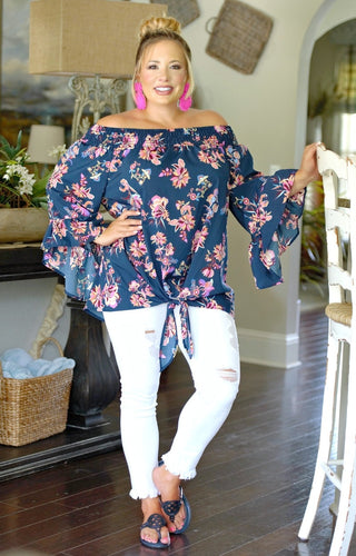Somebody To Love Floral Top - Navy