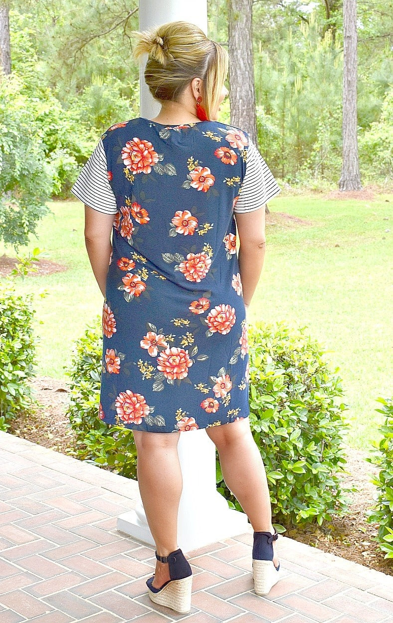Peony For Your Thoughts Floral Dress - Navy