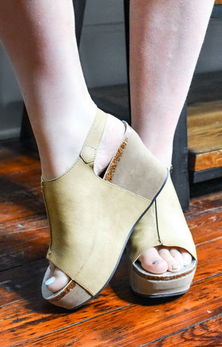 Be Who You Are Wedges - Natural