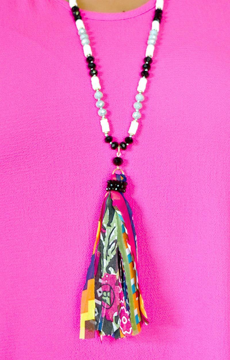 Load image into Gallery viewer, Oh So Easy Necklace - Black/Multi