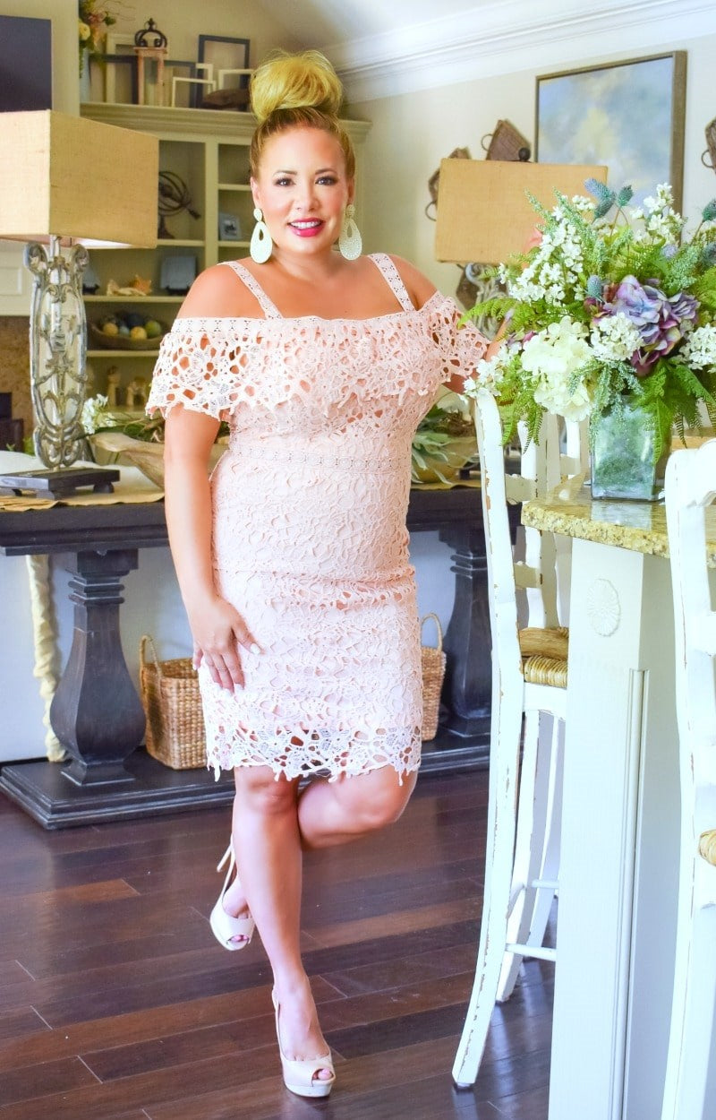 Load image into Gallery viewer, Music To My Ears Lace Dress - Blush