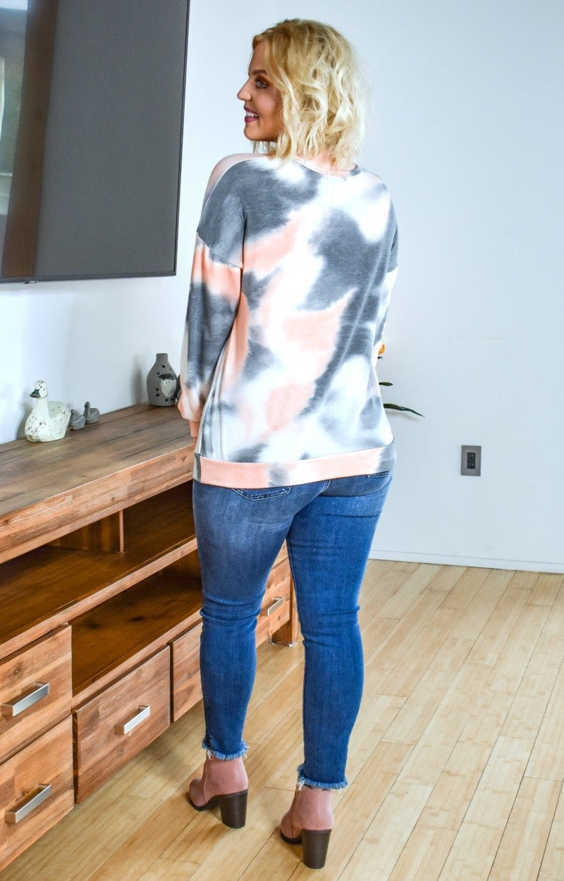 Load image into Gallery viewer, Zoning Out Tie Dye Pullover