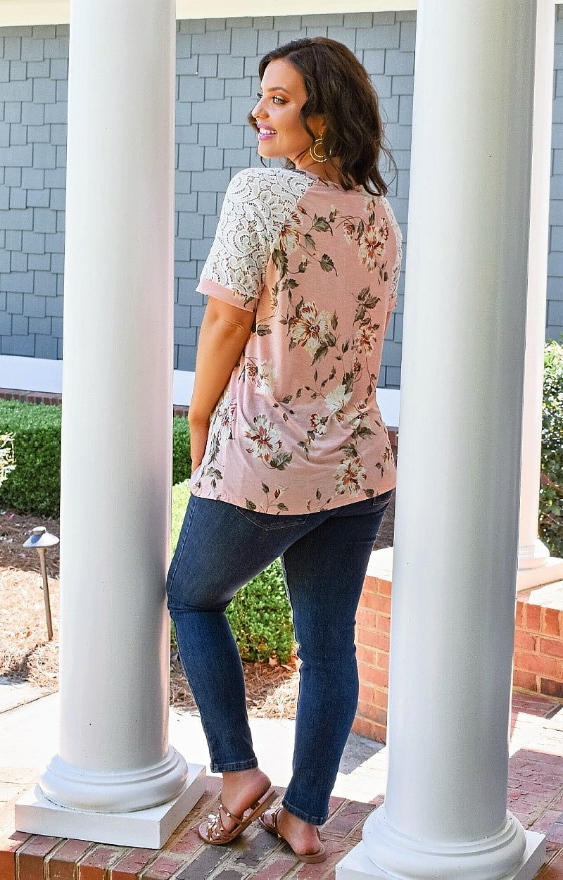 Load image into Gallery viewer, Whimsical Ways Floral Top - Pink
