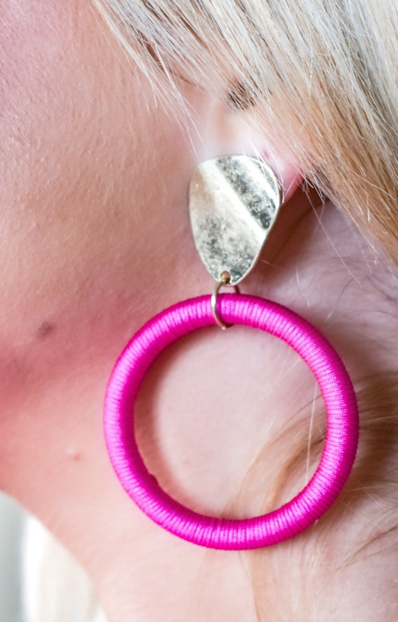 Enjoy The Journey Earrings - Pink