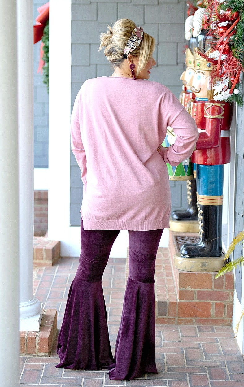 Load image into Gallery viewer, Flare It Out Velvet Pants - Plum