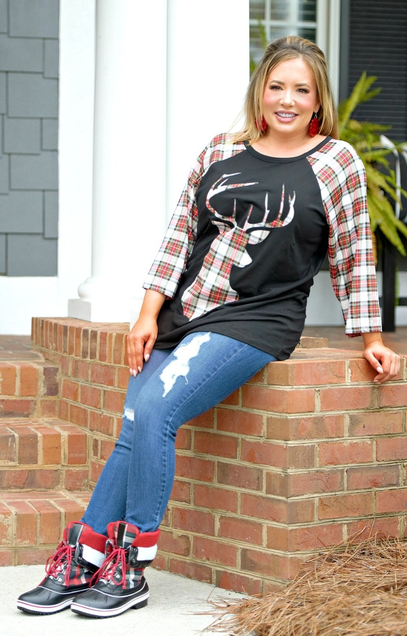 Load image into Gallery viewer, Warming My Heart Plaid Deer Top - Black