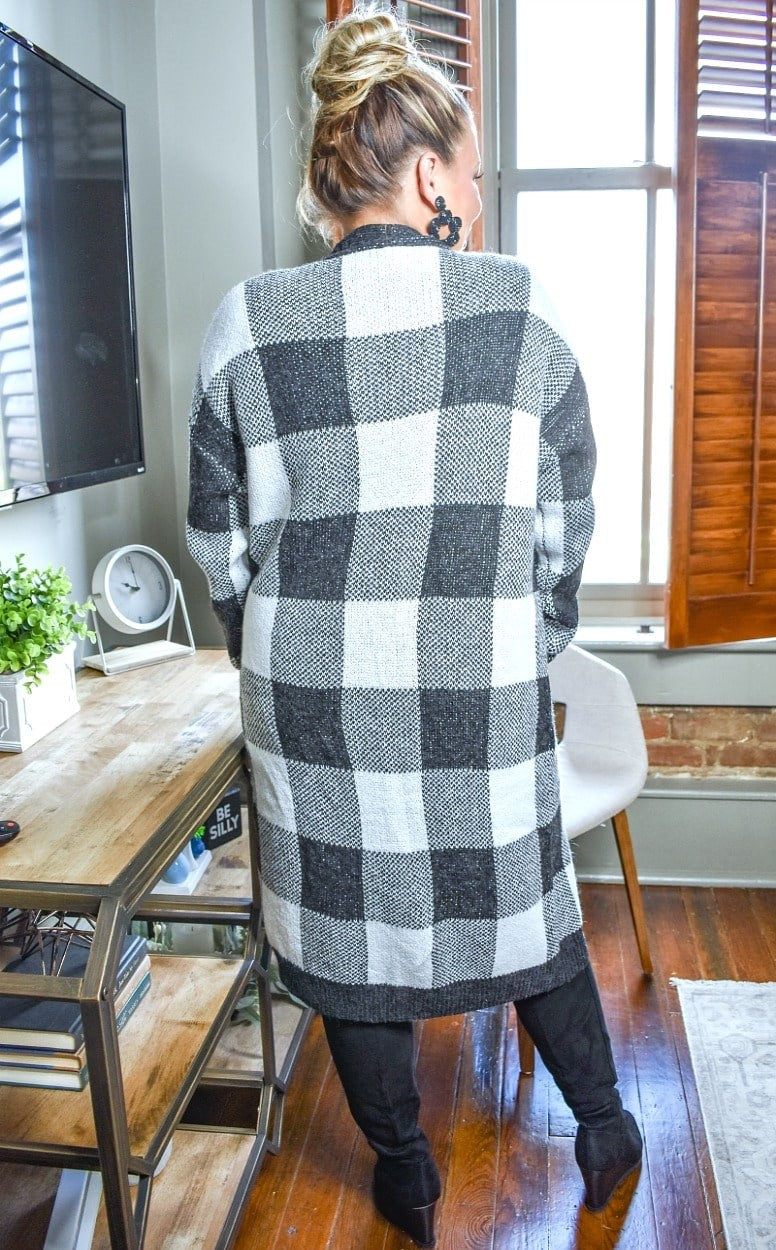 Load image into Gallery viewer, Risking It All Plaid Cardigan - Black/Ivory